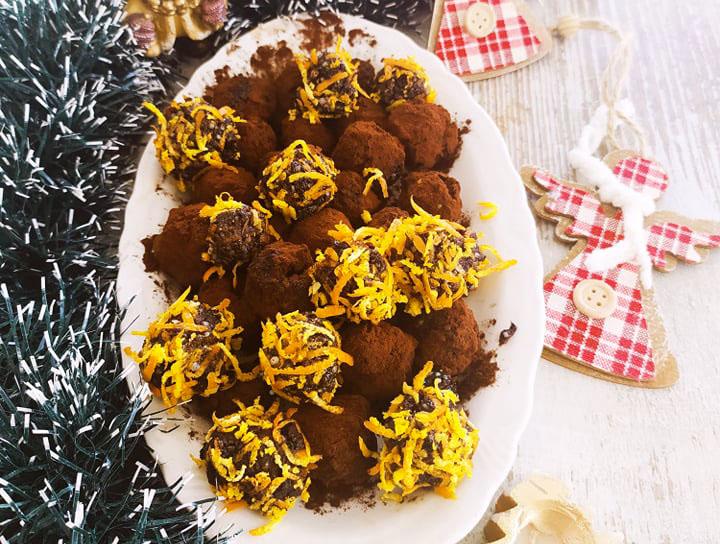 Портокалово-какаови сурови бонбони за Коледа